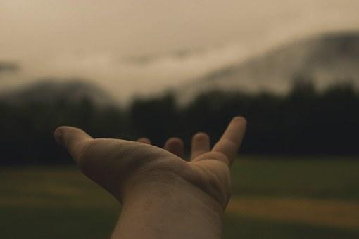 hand-846092__340